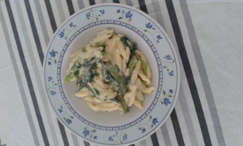 Strozzapreti verdure e formaggi
